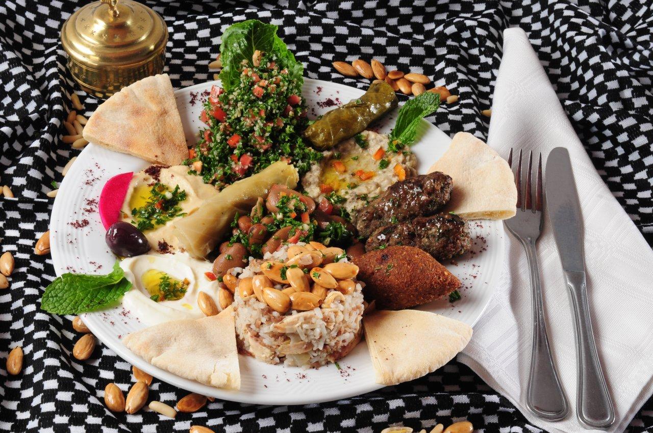 Картинки по запросу Старинный Армянский обед | телеканал Телекафе