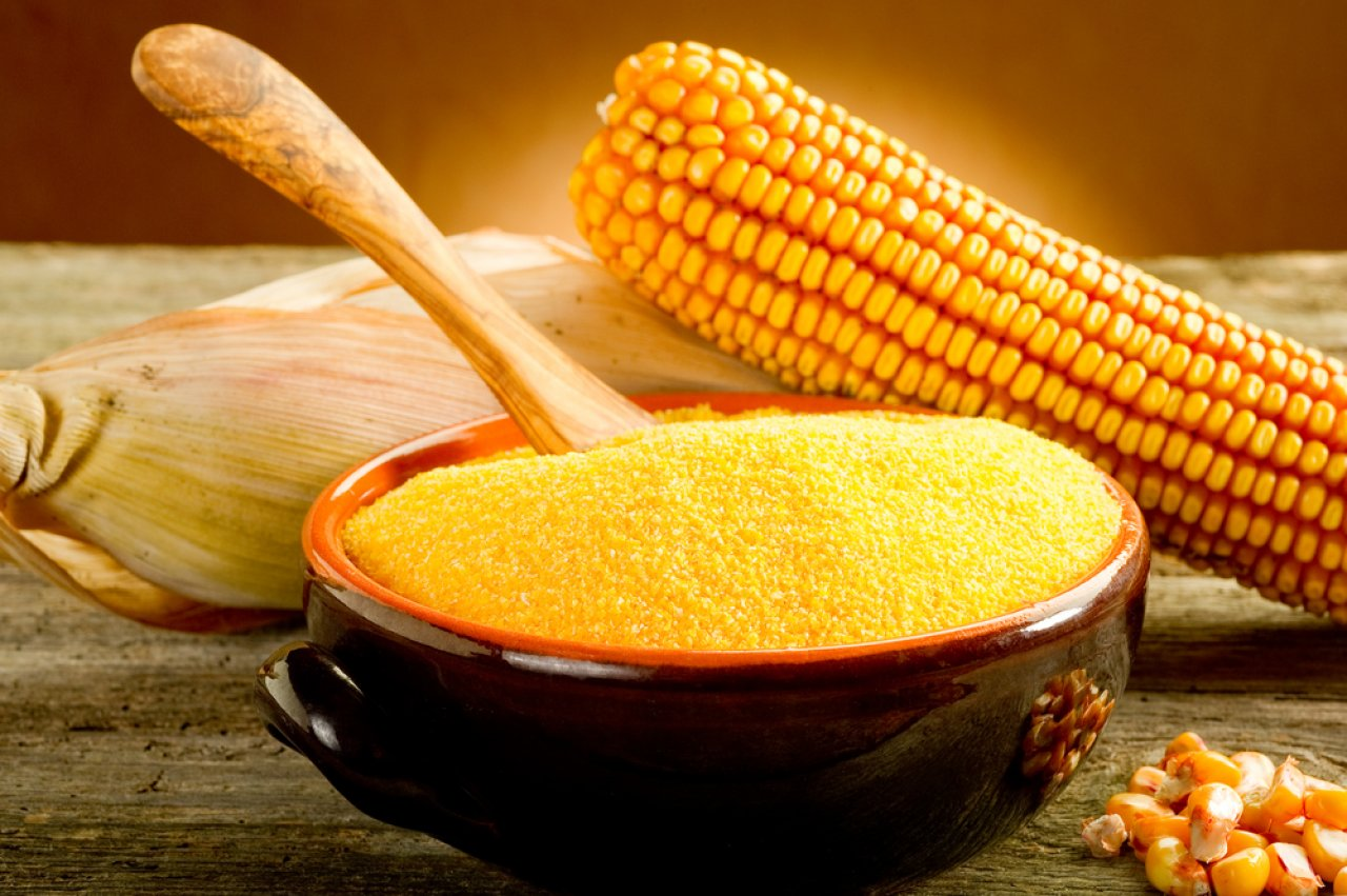 Из кукурузы готовят традиционную мамалыгу
