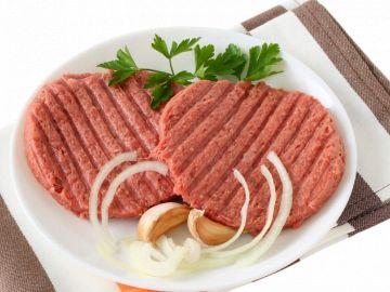 Татарский бифштекс из сырого фарша