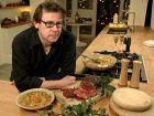 Как выжить за праздничным столом