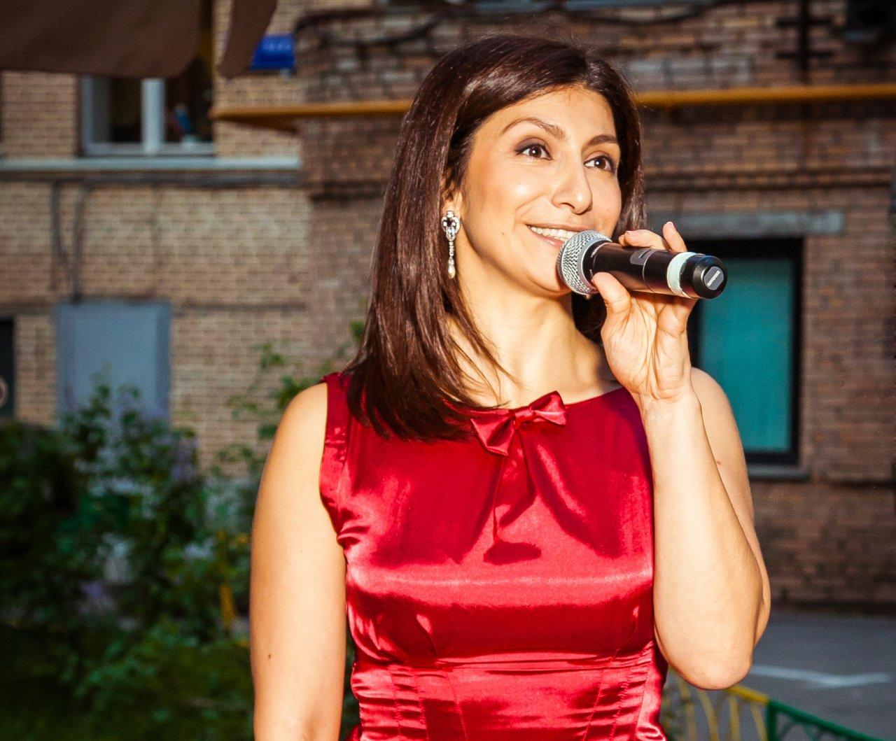 Гаяне Бреиова