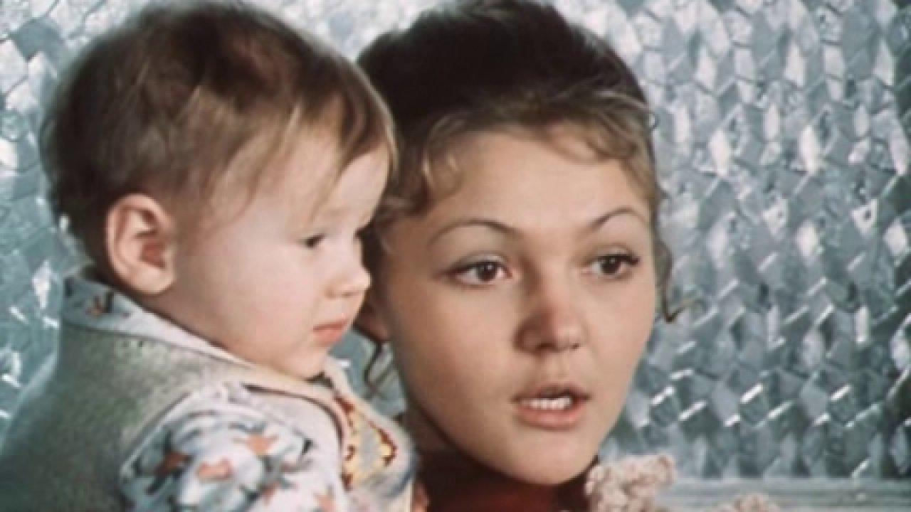 По семейным обстоятельствам - Комедия, Фильм