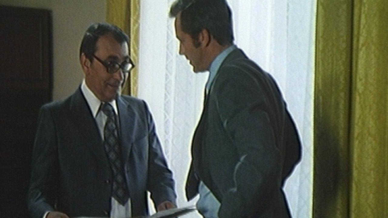 Право первой подписи - Приключения, Фильм