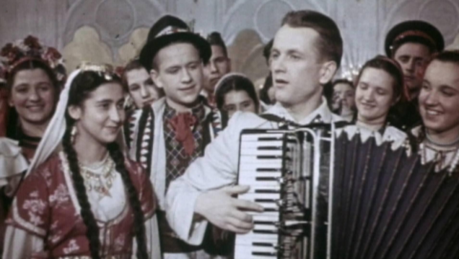 Весенние голоса - Музыкальный, Фильм