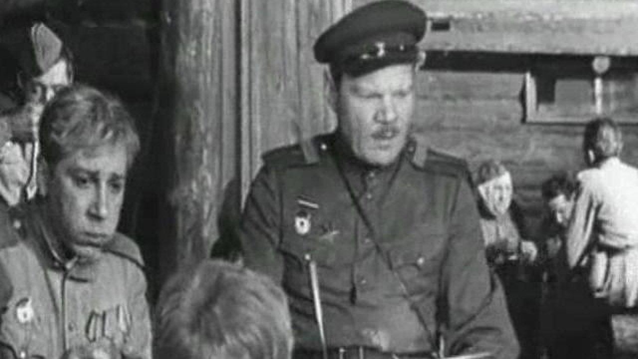 Годен кнестроевой - Комедия, Фильм