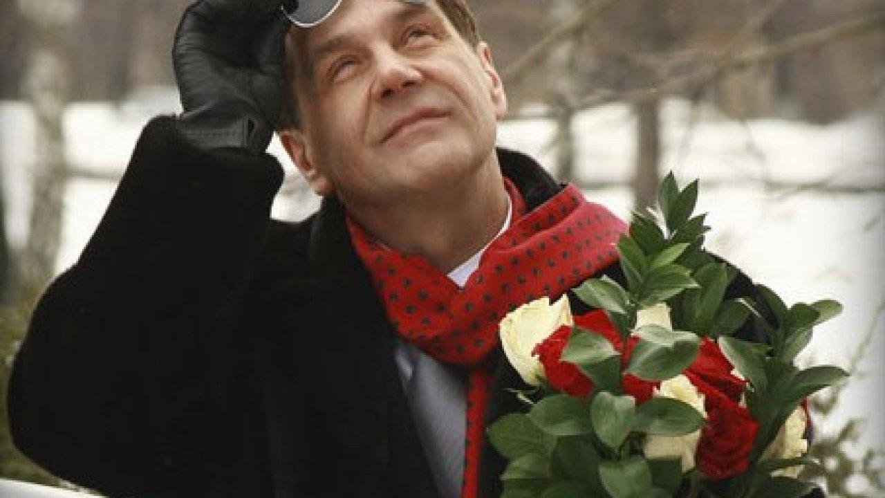 Новогодний детектив - Комедия, Фильм