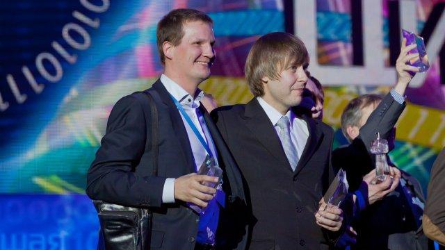 Большая цифра 2012: телеканалы «Дом кино» и «Телекафе» признаны лучшими!