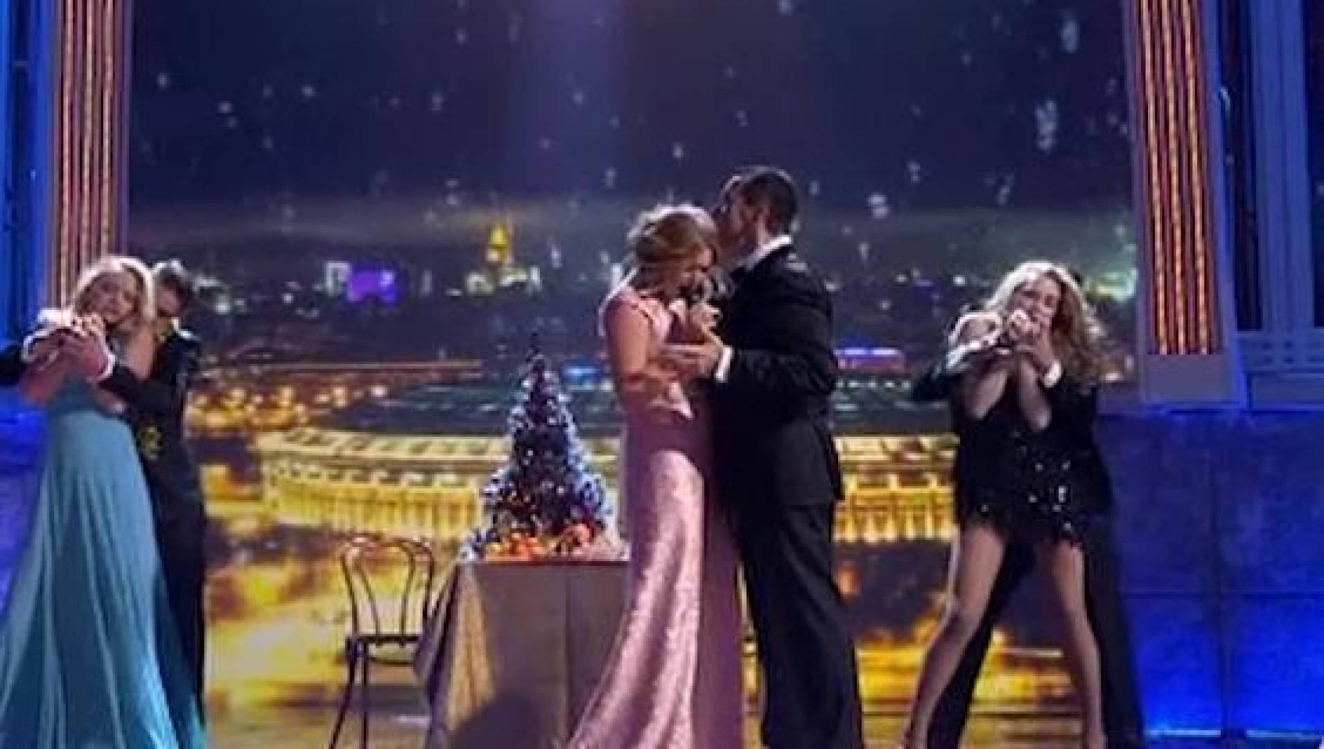 Две звезды (новогодний выпуск 2013) - ТВ-шоу