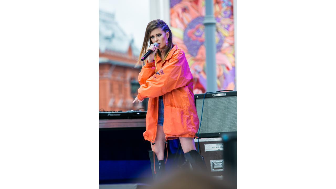Elvira T / Звёзды «Музыки Первого» поздравили Москву с Днём города