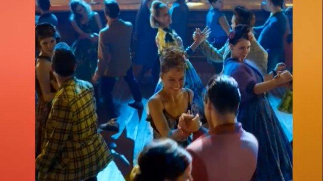 Персонажи советских фильмов телеканала «Дом кино»  научат танцевать гостей катка на ВДНХ