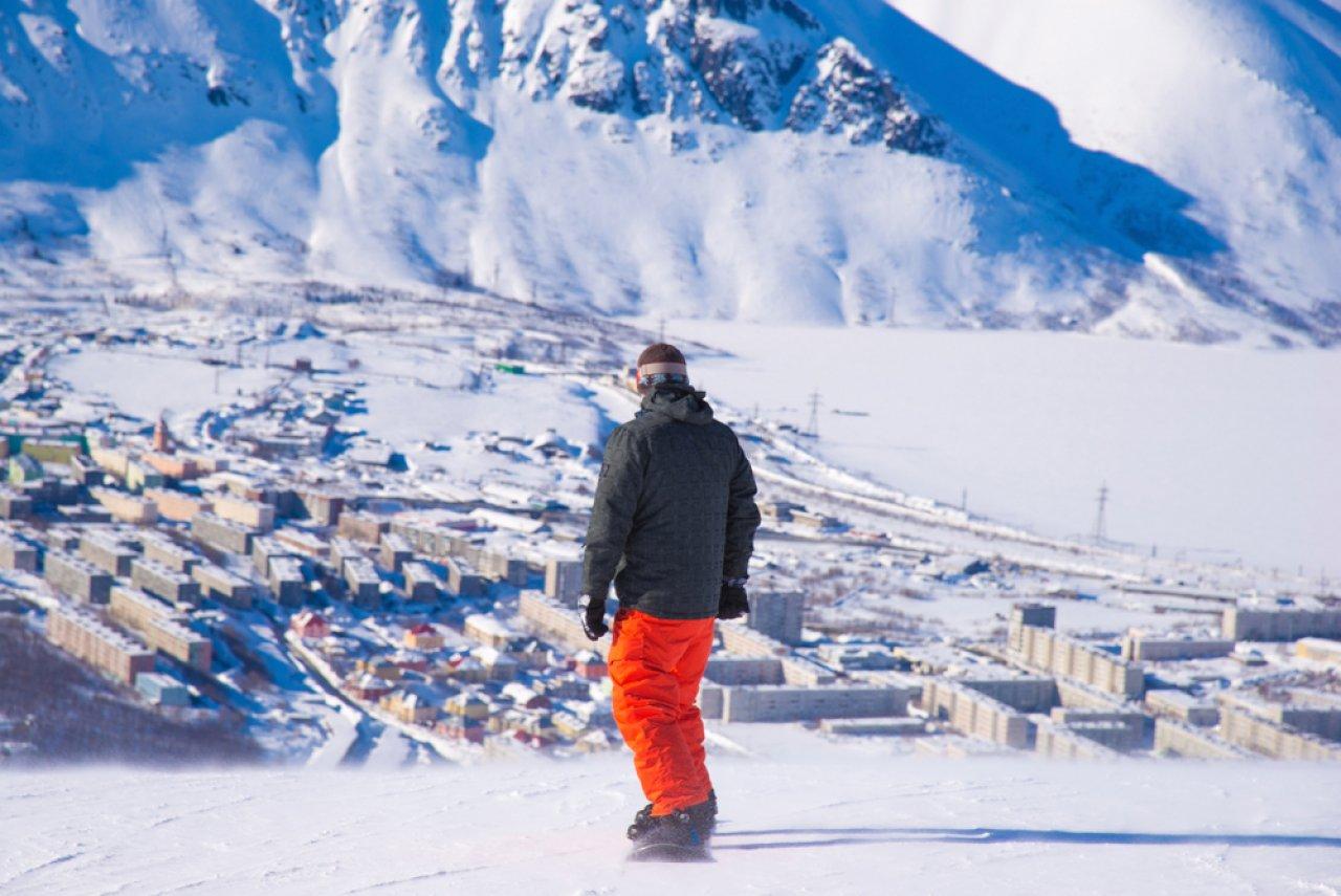 Горнолыжный курорт «Большой Вудъявр» в Хибинах. Фото: Natasha-Aleksandra / Shutterstock