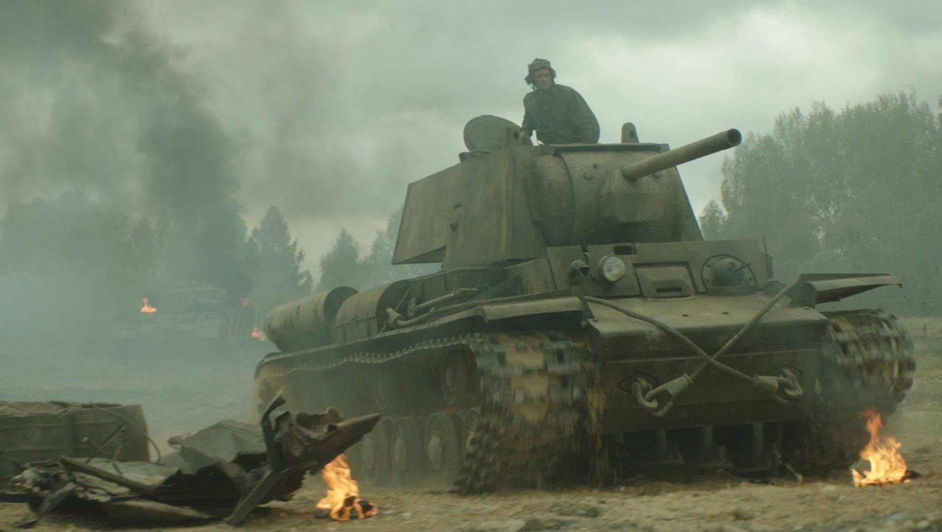 Несокрушимый - Драма, Военный, Фильм