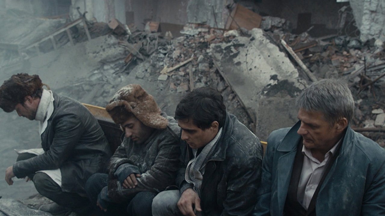 Землетрясение - Драма, Фильм