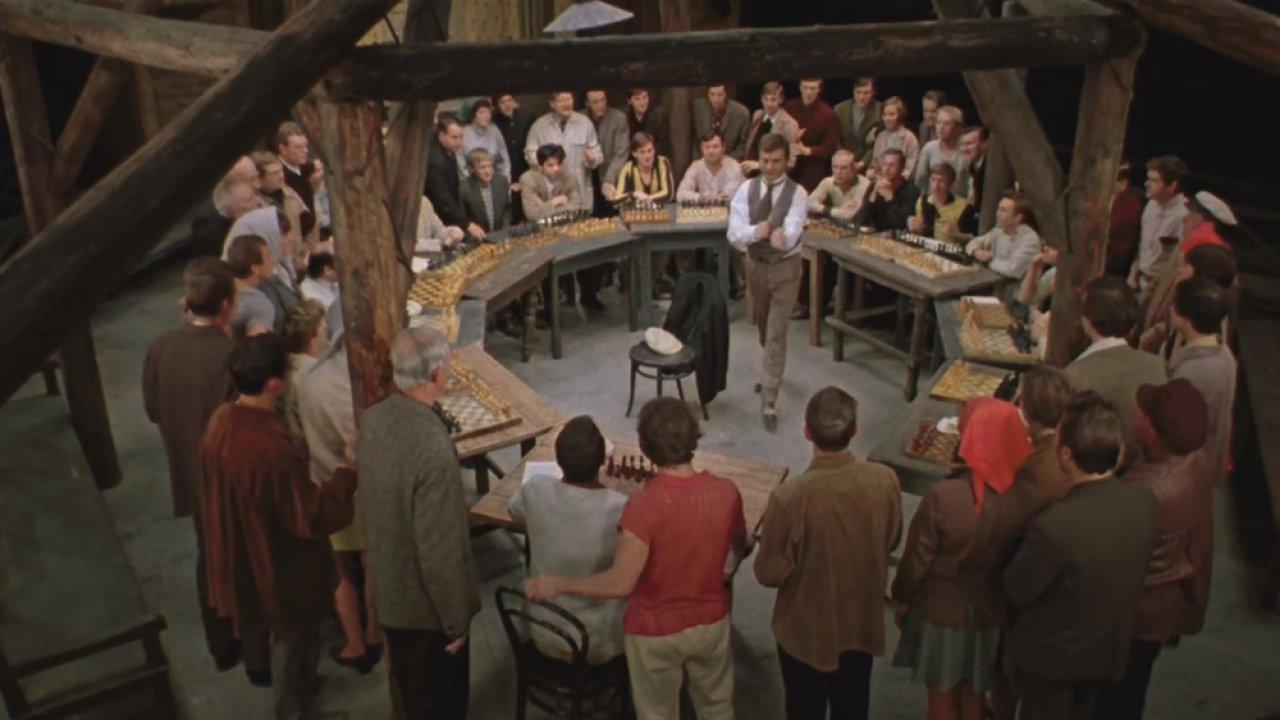 ТЕСТ: Вспомните, кому из героев фильма «Двенадцать стульев» принадлежит цитата?