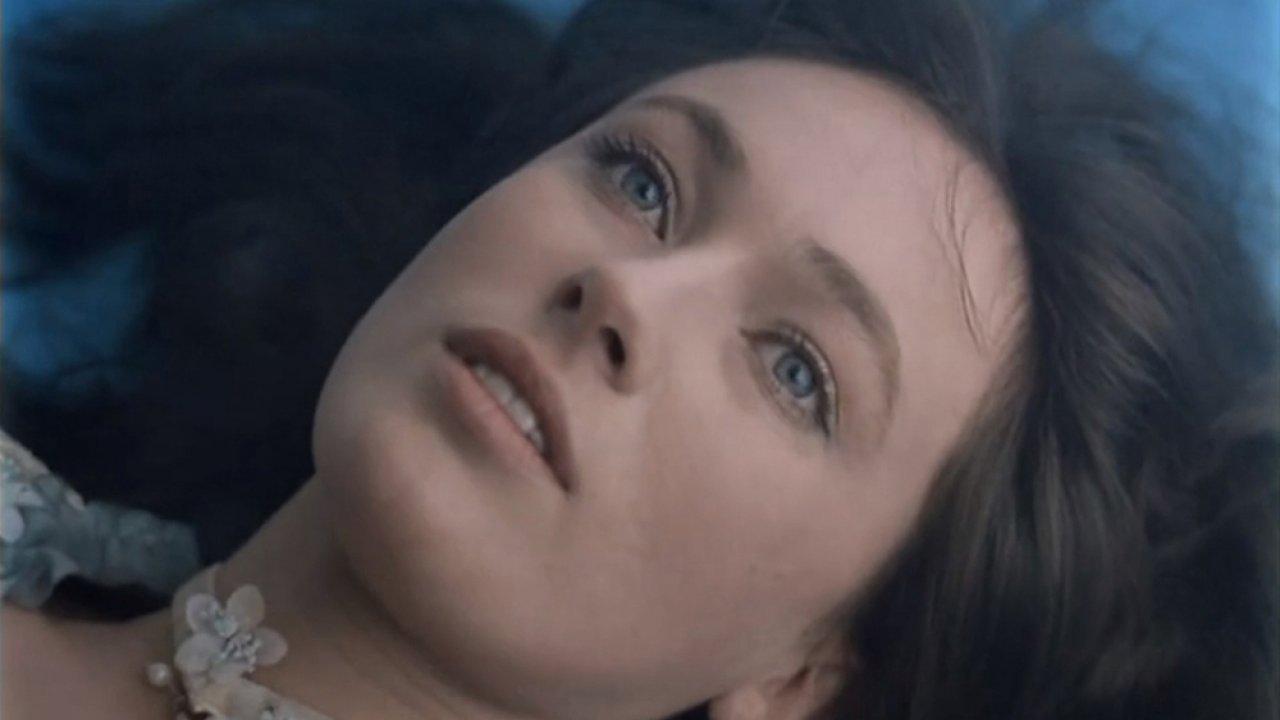 ТЕСТ: Помните ли вы фильм «Жестокий романс»?