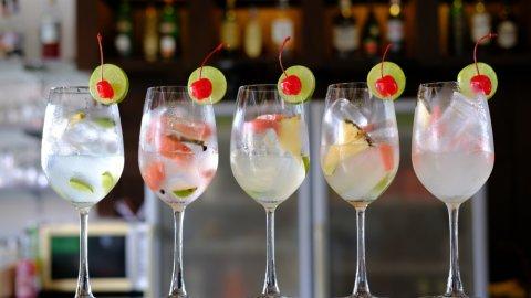 ТЕСТ для милых дам: Угадайте женский алкогольный напиток