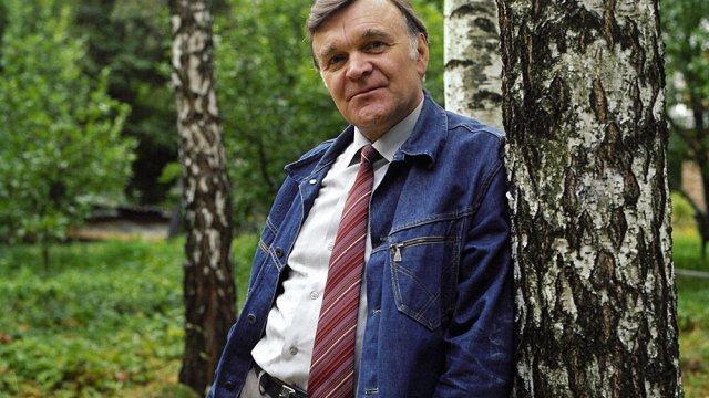 Памяти писателя-фронтовика Юрия Васильевича Бондарева