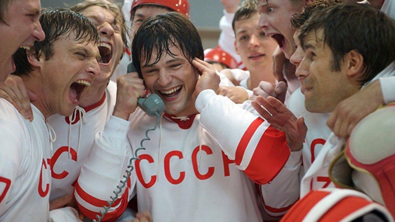 ТЕСТ: Угадайте фильмы о спорте по одному кадру!