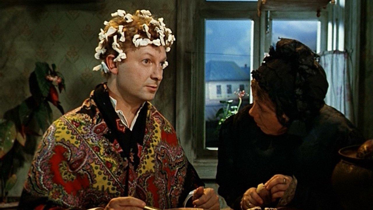 ТЕСТ: Сможете продолжить цитату из фильма «Женитьба Бальзаминова»?