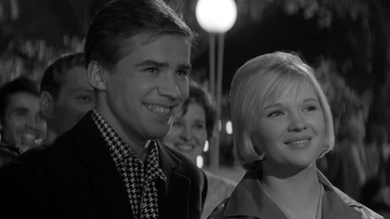 ТЕСТ: Помните ли вы фильм «Я шагаю по Москве»?