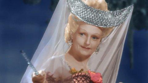ТЕСТ: Угадайте из какого фильма сказочная героиня!